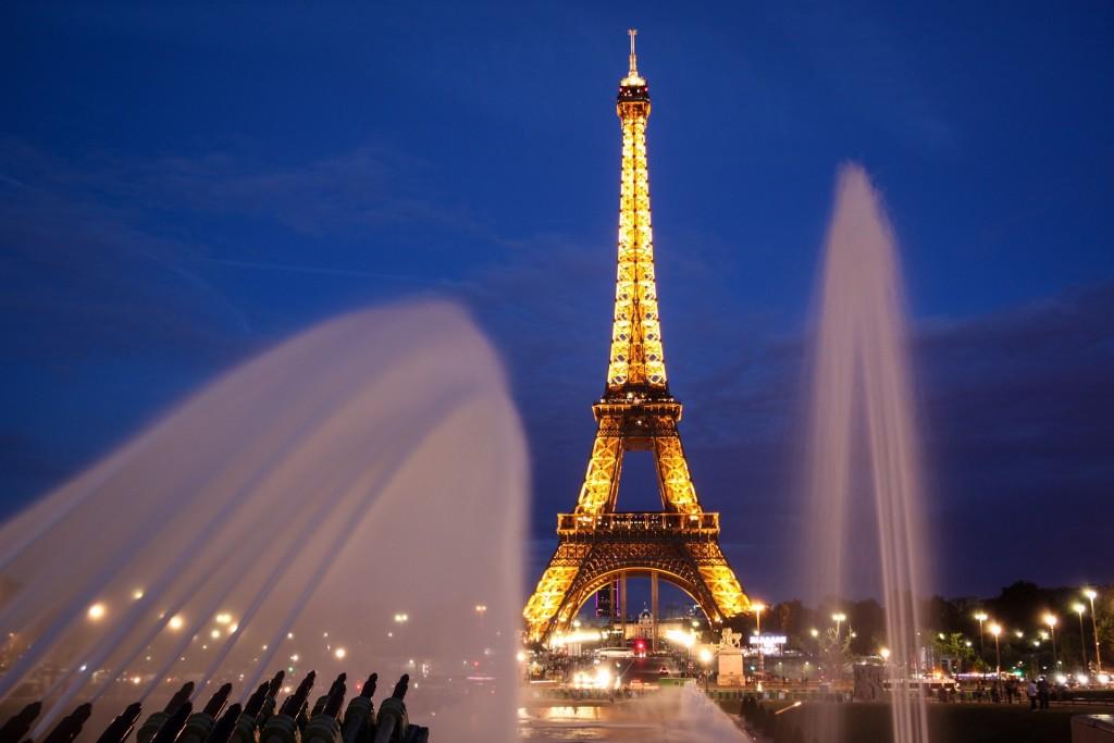 paris-902996_1920